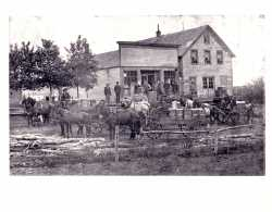 Black and white photograph of G.O. Miller store in Vasa.