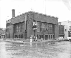 Merchants National Bank, Third and Lafayette, Winona