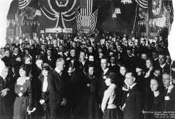 Black and white photograph of an audience at the American Legion National Convention, Minneapolis, 1919.