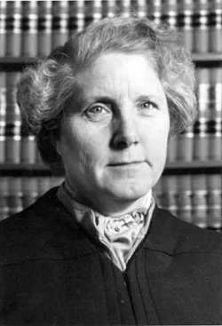 Black and white photograph of Minnesota Supreme Court Associate Justice Rosalie Wahl, 1978. Photograph by Kathy Drazen.