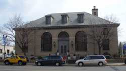 Color image of the Historic Post Office building in Anoka, 2008. Photographed by Wikimedia Commons user Elkman.
