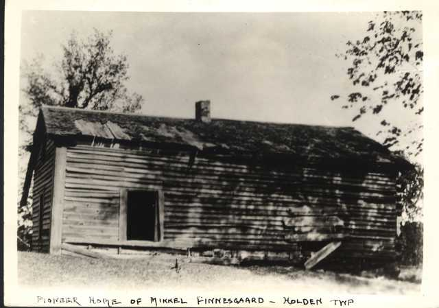 Black and white photograph of Finnegaard pioneer home, Holden.