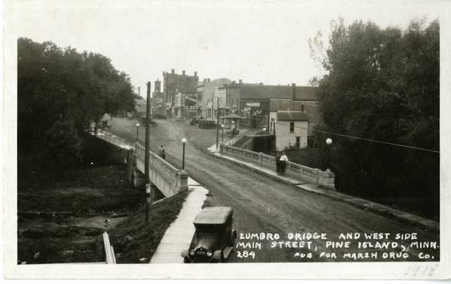 The entrance to the village of Pine Island, photographed in the 1920s.