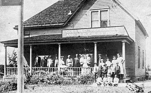 Black and white photograph of the Crispus Attucks Orphanage and Old Folks Home at 1537 Randolph Avenue in St. Paul, c.1910.
