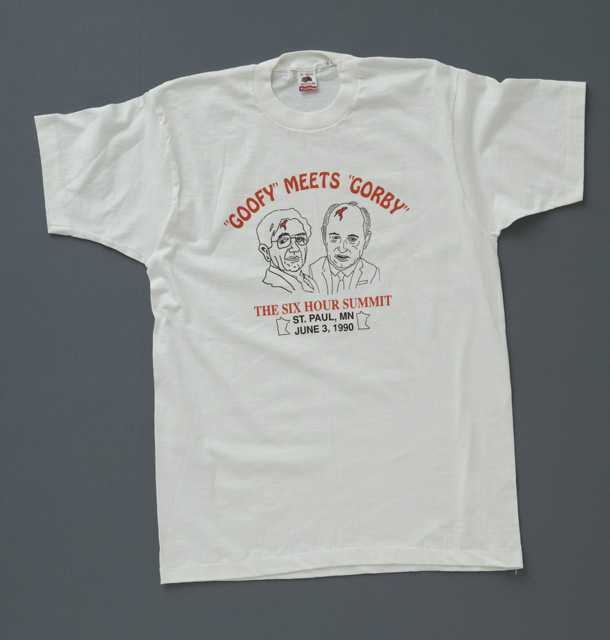 'Goofy Meets Gorby' t-shirt