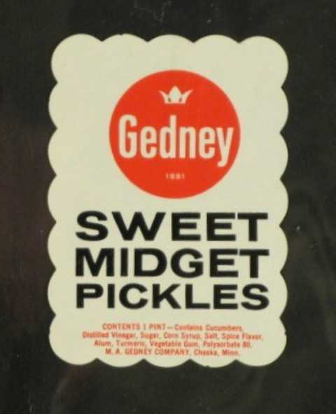 Color image of Gedney Sweet Midget Pickles label, c.1958.