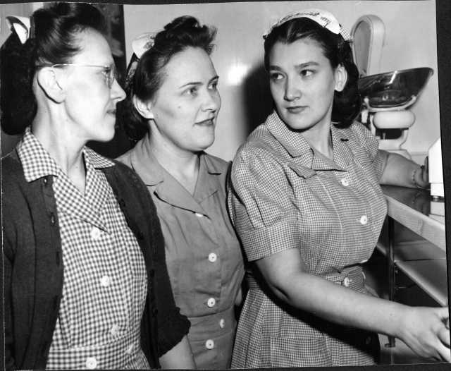 Photograph of three Egekvist Bakery store clerks, 1947.