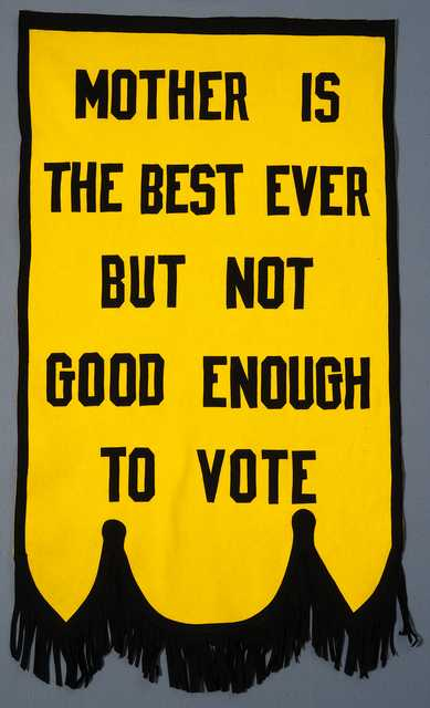 Woman-suffrage banner used by the St. Paul Political Equality Club, 1920–1936.