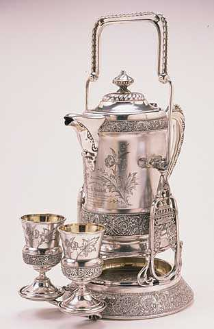 Pitcher set presented at Republican National Convention