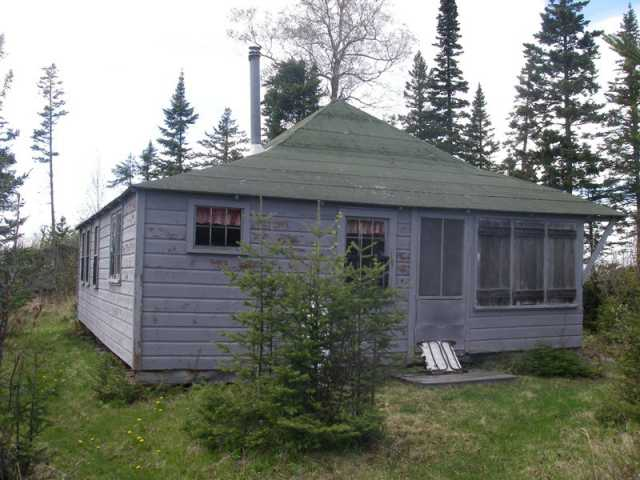 Cottage on Isle Royale used by the Andrews family