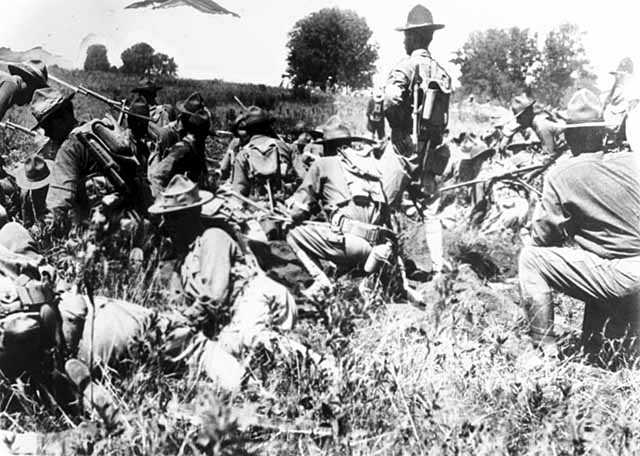 Black and white photograph of candidates in the field at the Officers' Training Camp, Fort Snelling, 1917.