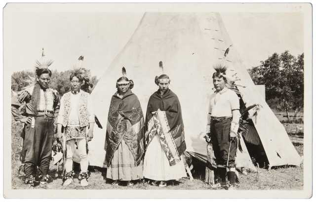 Photograph of a group of Santee Dakota taken at Prairie Island c.1915.