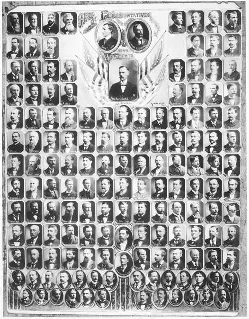 Black and white composite of the House of Representatives, Governor and Lieutenant Governor, 1899.