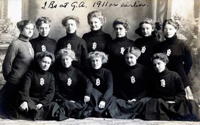 Black and white photograph of members of Independent Blessings, the first chartered limited literary society on campus. The group became the Iota Beta sorority by 1922, which became in active in 1968. It was reactivated briefly from 1980 to 1988.
