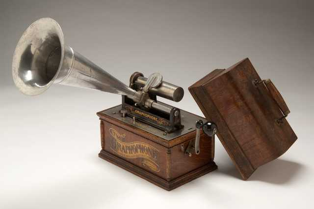 Color photograph of Columbia Graphophone used by Frances Densmore to record American Indian music, c. 1897.