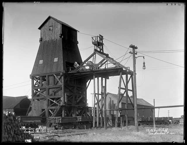 Iron ore shaft, Eveleth