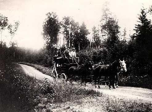 Black and white photograph of Leonidas Merritt on the Vermillion Trail, 1892.