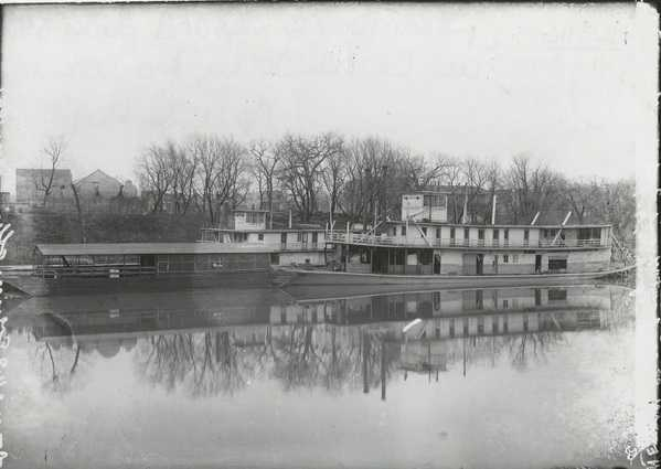 Black and white photograph of the steamboat Grand Forks taken in Grand Forks, North Dakota, April 16, 1909.
