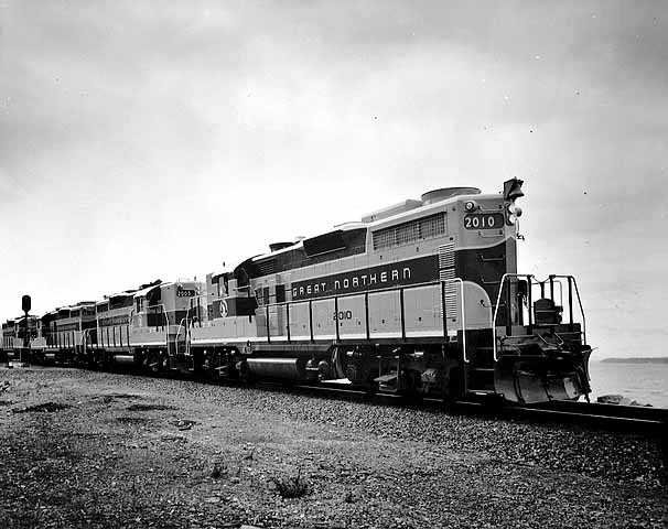 Black and white photograph of Great Northern Railway diesel locomotives #2010, 2005, and 2012. Photograph by Charles R. Pearson Photography, ca. 1935–1945.