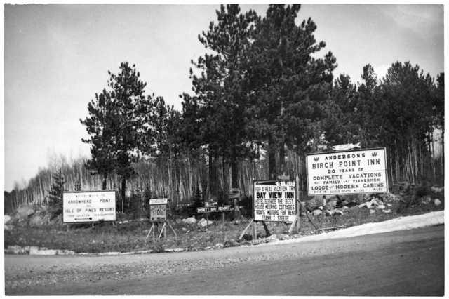 Resort signs along a northern Minnesota road