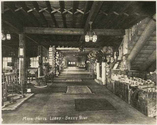Breezy Point Lodge