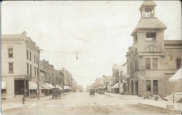 Black and white photograph of City hall at the corner of Broadway and Fletcher Streets, Crookston, 1914.
