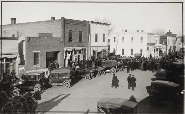 Black and white photograph of people gathering for a Nonpartisan League meeting in Echo, c.1918.