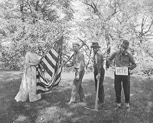 Minnesota Woman Suffrage Association pageant, ca. 1920. Photo by C. J. Hibbard.