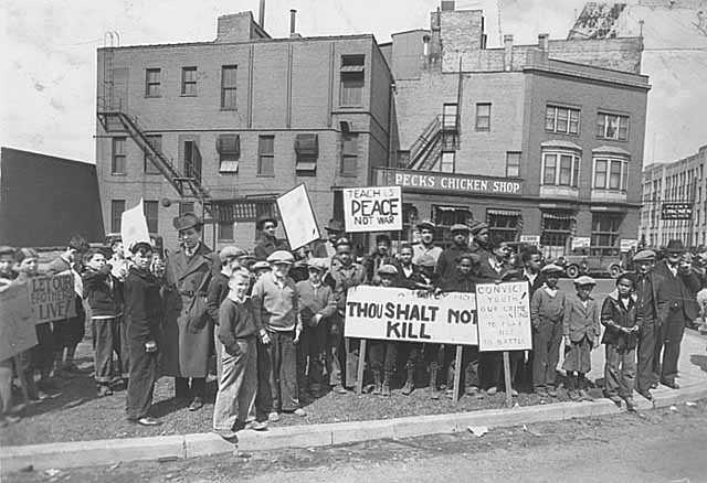 Black and white photograph of a peace demonstration, Minneapolis, 1936.