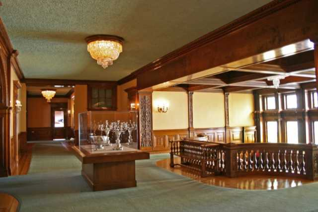 Color image of the second floor landing of the James J. Hill House, 2008