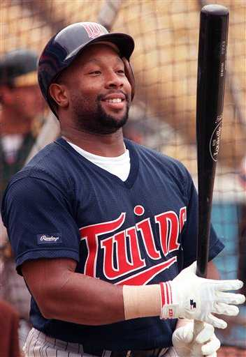 Color image of Kirby Puckett at batting practice, c.1994.