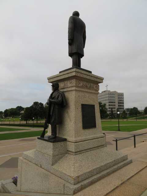 Knute Nelson Memorial (rear and side view)