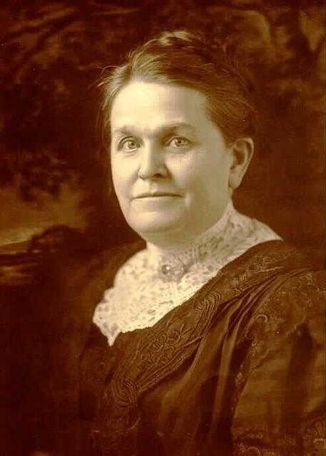 Black and white photograph of Mary Mehegan Hill, c.1910.