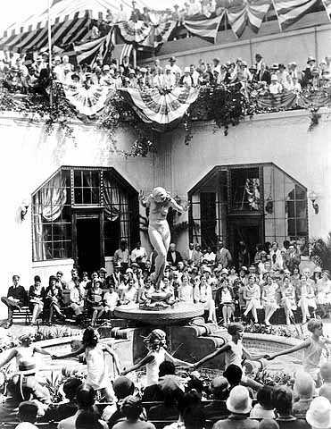 Black and white photograph of Foshay Tower dedication ceremonies, 1929.