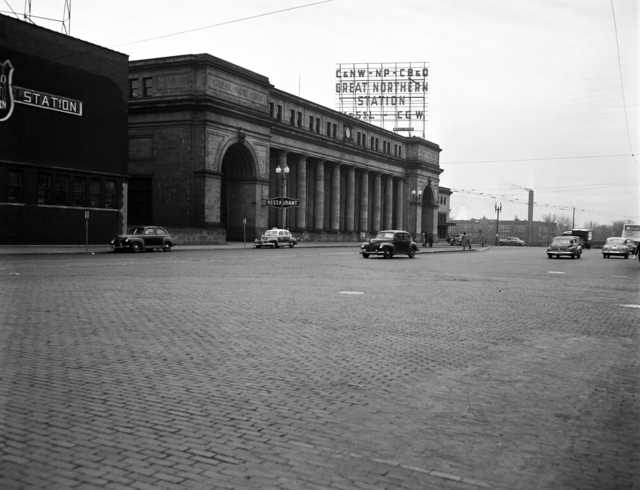 Black and white photograph of the Minneapolis Great Northern Depot, 1949.