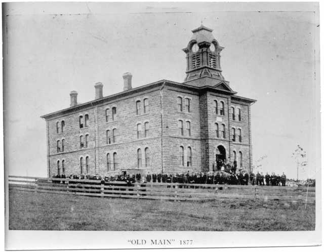 Black and white photograph of Old Main, the first building at Gustavus Adolphus College, St. Peter, 1877.