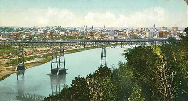 Tinted color postcard of High bridge c.1905.