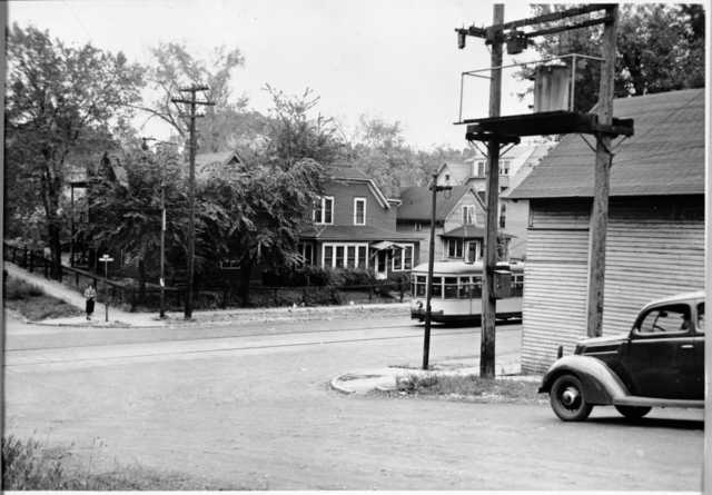 Rondo Avenue at Arundel Street, St. Paul, ca. 1940.