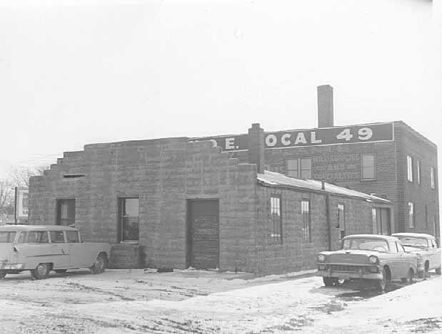 Black and white photograph of an Economics Laboratory, 800 Eustis Street, St. Paul, ca. 1956.