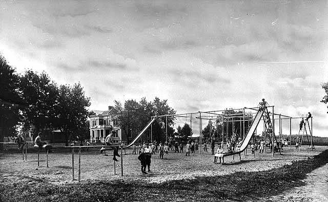 Black and white photograph of playground of the State School, c.1915.