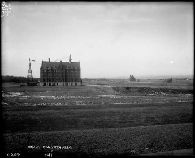 Photograph of Macalester in 1886