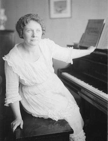 Black and white photograph of Florence Macbeth taken c.1915-1920.
