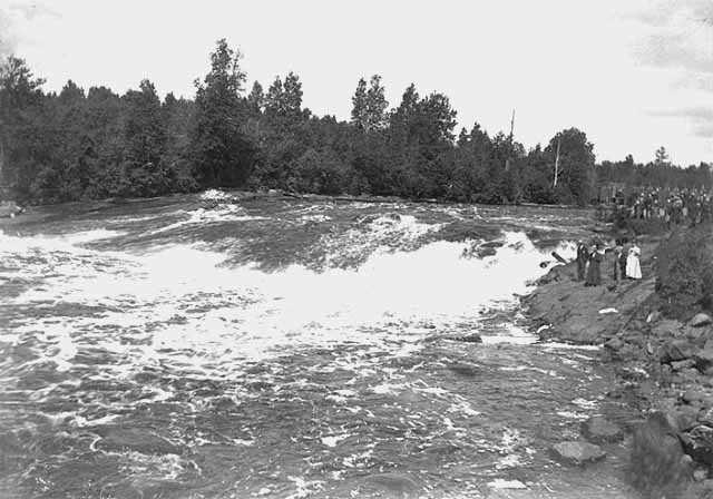Pokegama Falls
