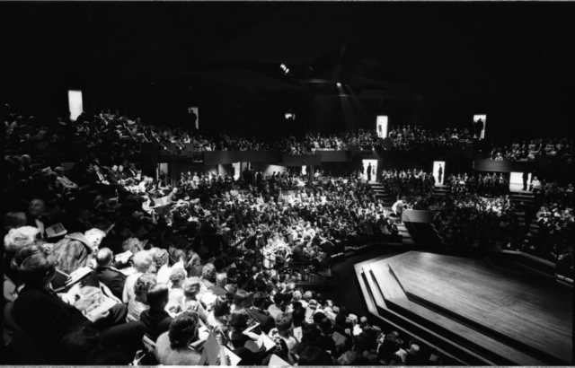 Audience of the Guthrie Theater's first production