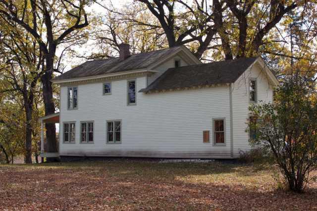 Color image of the Harrington-Merrill House, 2011.