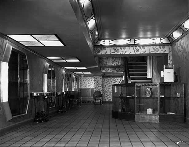 Black and white photograph of reception and waiting room of the Foshay Tower, 1931.