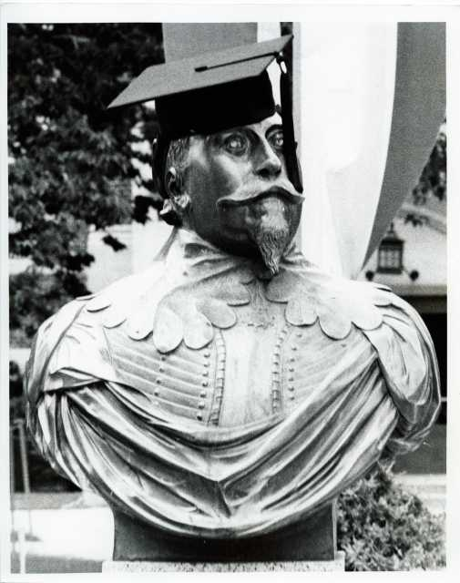 Black and white photograph of the bust of King Gustavus Adolphus, sporting a mortar board cap, [undated]. Photograph by Paul Markland.