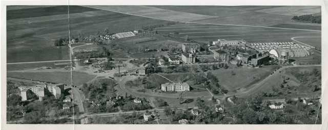 Black and white aerial view of Gustavus Adolphus College, 1947. Photograph by Bruce Sifford Studio, Minneapolis, MN.