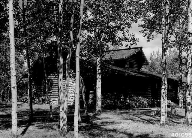 Black and white photograph of the Ranger Residence at the Marcell Ranger Station, 1940.