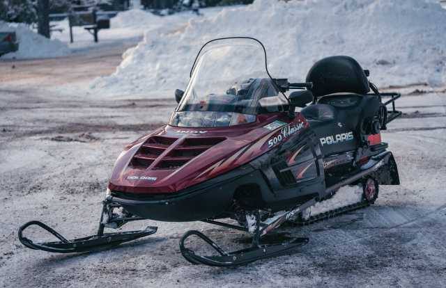 Polaris 500 Indy Classic snowmobile at Jay Cooke State Park, Minnesota. Photograph by Flickr user Tony Webster. CC BY 2.0.